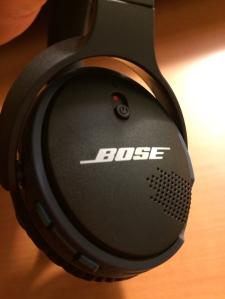 Bose-Headphones-04
