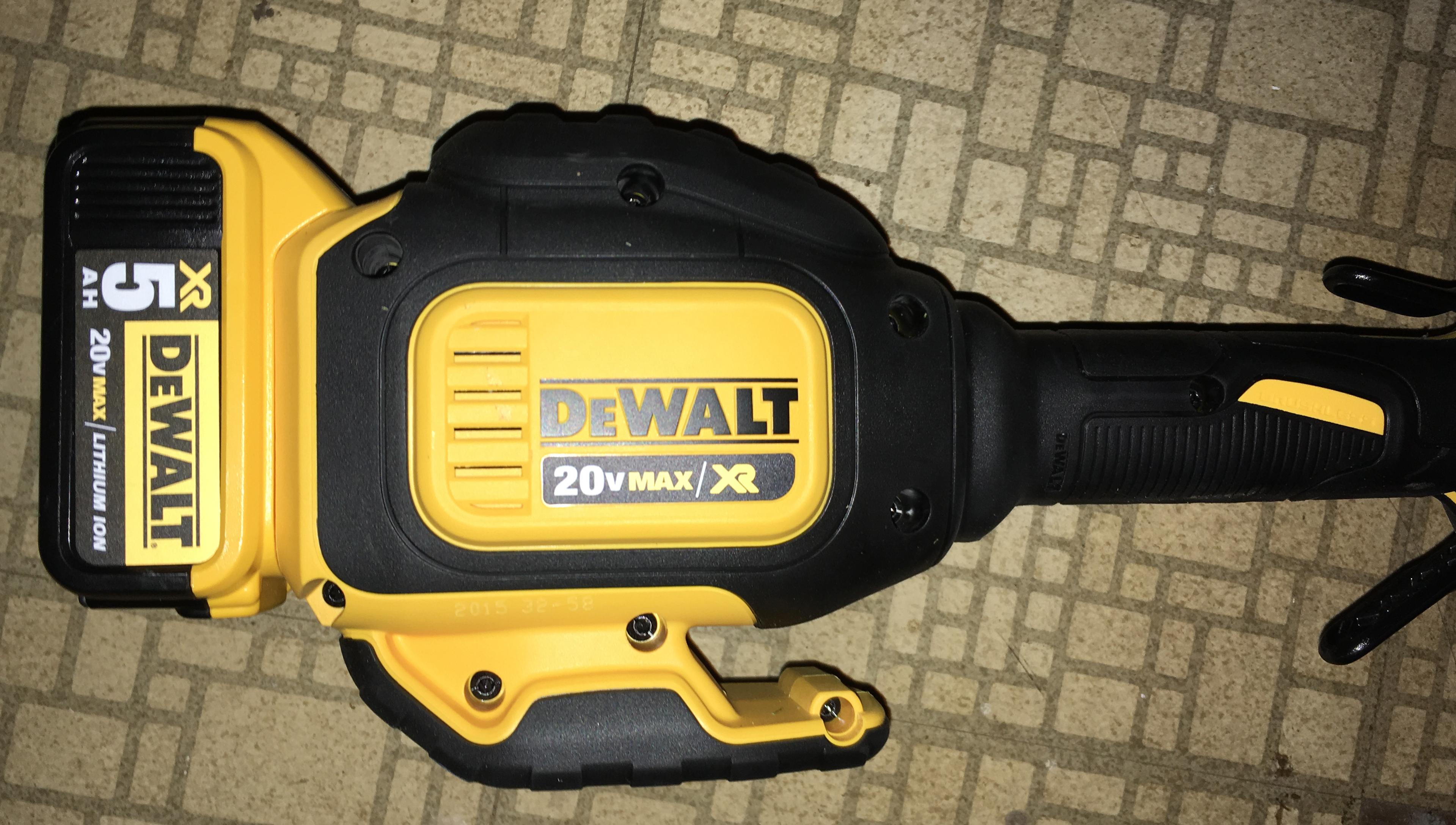 DEWALT DCST920P1 20V MAX 50 Ah Lithium Ion XR Brushless String